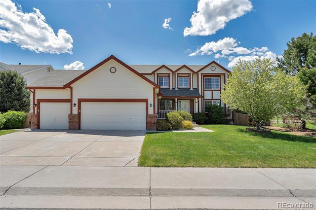 Photo of home for sale at 10615 Sedgwick Way, Parker CO