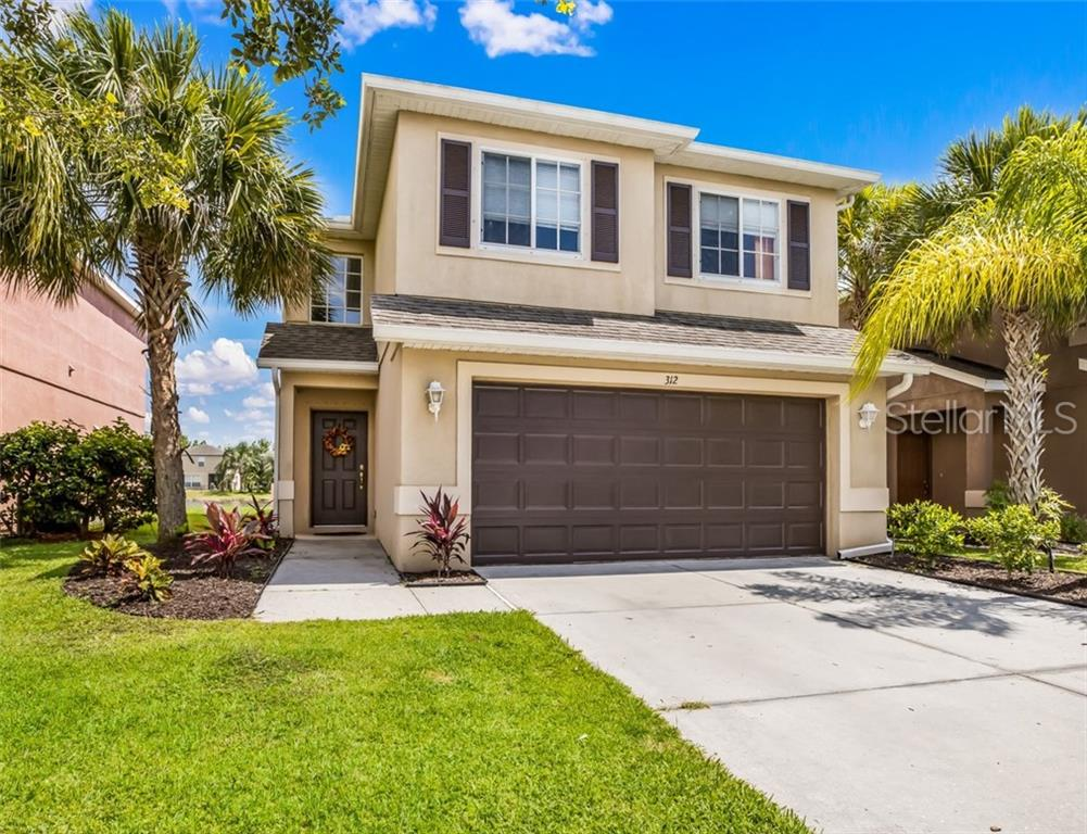 Photo of home for sale at 312 BEACON HARBOUR LOOP, Bradenton FL