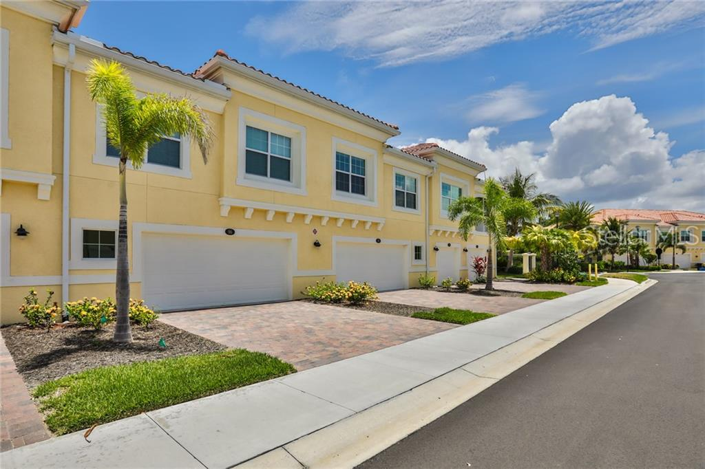 Photo of home for sale at 96 NAVIGATION CIRCLE, Osprey FL