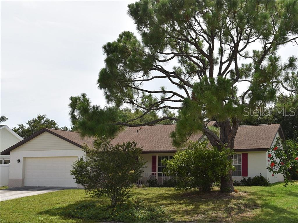 Photo of home for sale at 3510 69TH STREET, Bradenton FL
