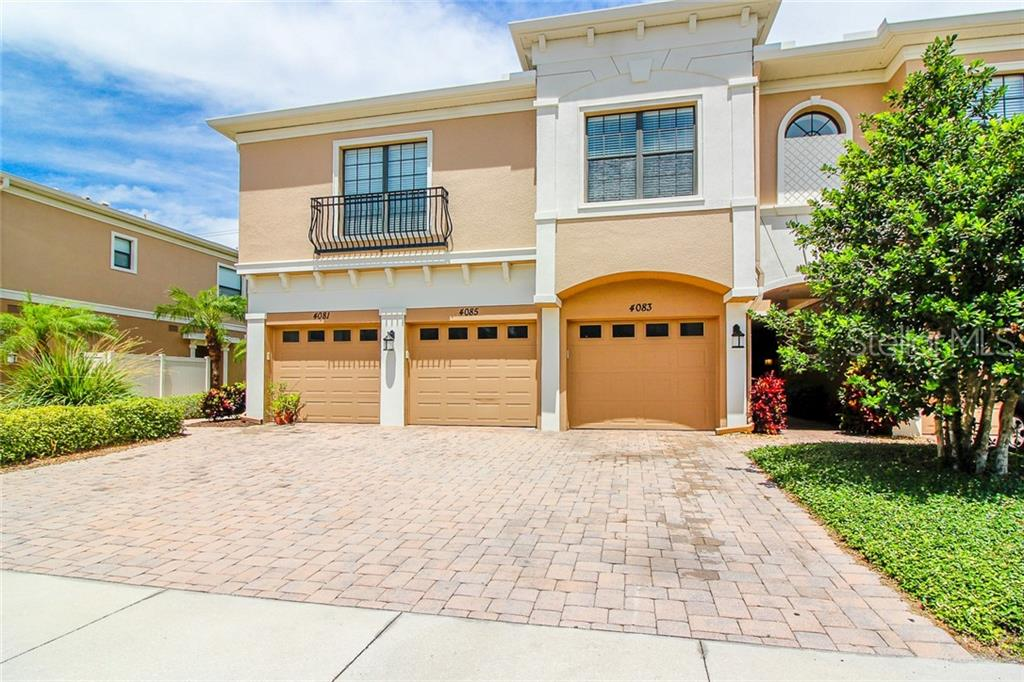 Photo of home for sale at 4083 OVERTURE CIRCLE, Bradenton FL