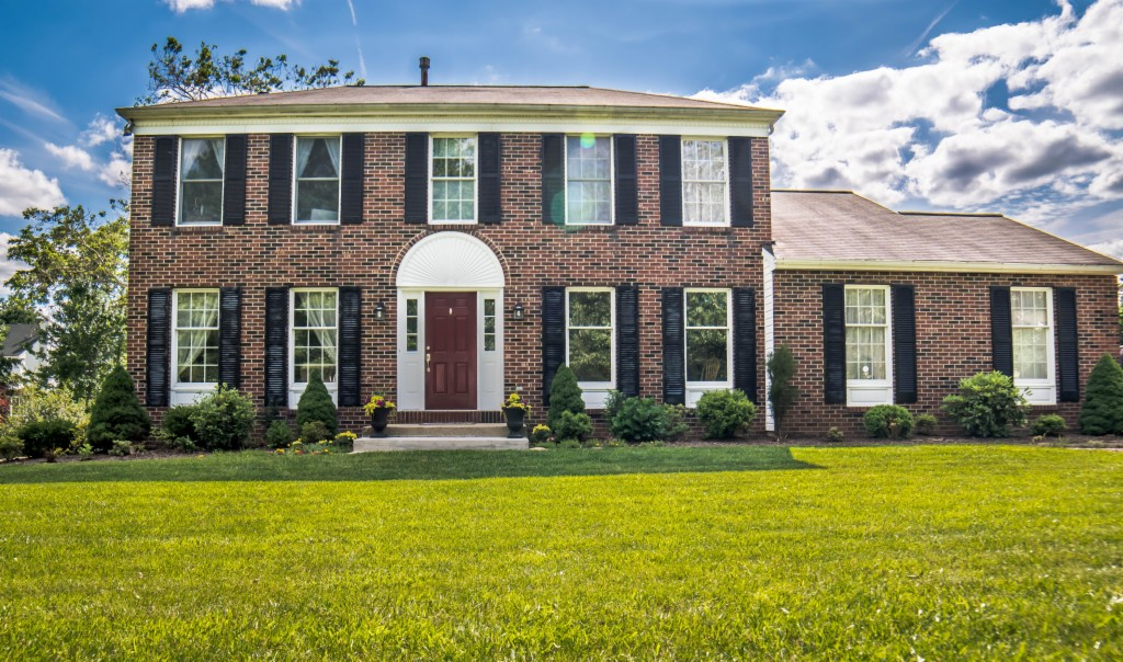 http://images.kw.com/listings/1/0/4/5/10450711/1561667486591_13_Merion_Ln_front.jpg?lm=20190709T000000