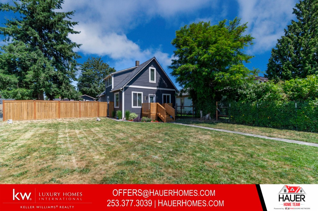 Photo of home for sale at St, Tacoma WA