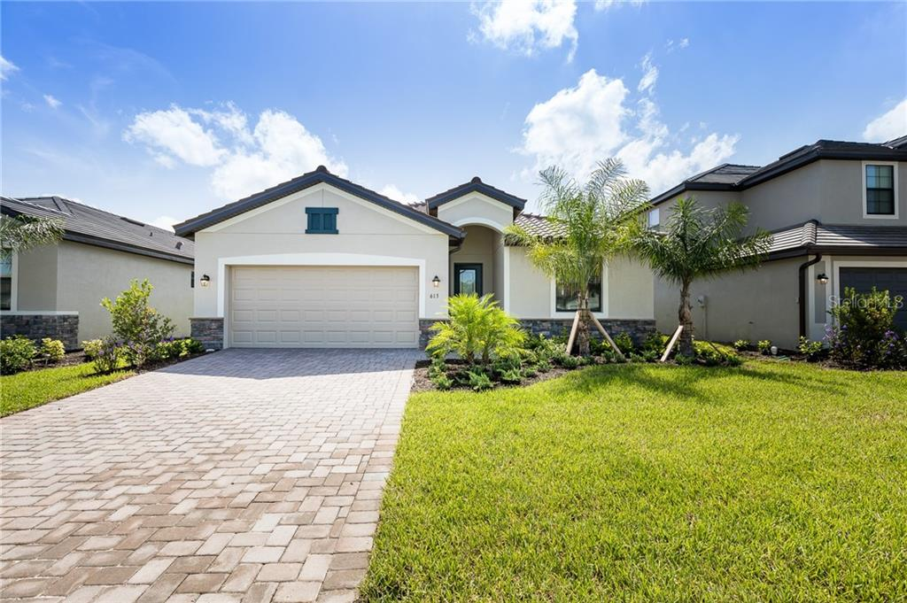 Photo of home for sale at 613 FIRE BUSH COURT, Bradenton FL
