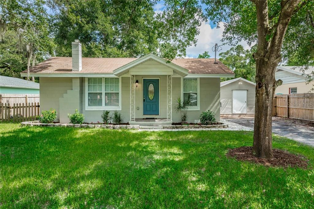 Photo of home for sale at 1004 NORFOLK STREET E, Tampa FL