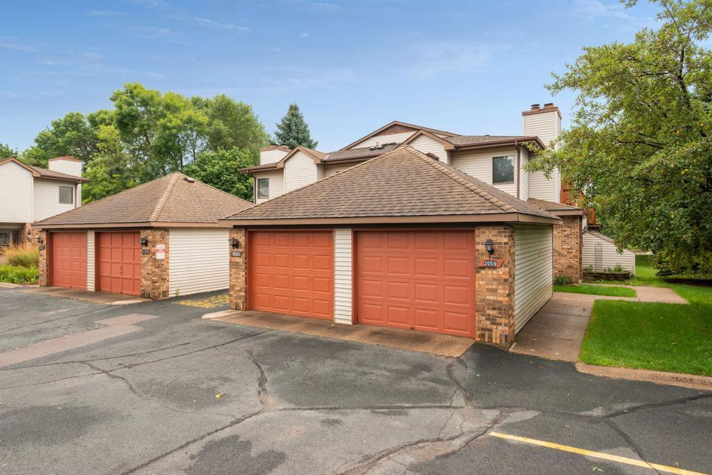 Excellent 2048 Pathways Drive 17 Saint Paul Mn 55119 Mls 5244201 Home Interior And Landscaping Ologienasavecom