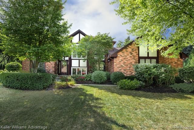 Photo of home for sale at 46670 Valley Drive N, Northville Township MI