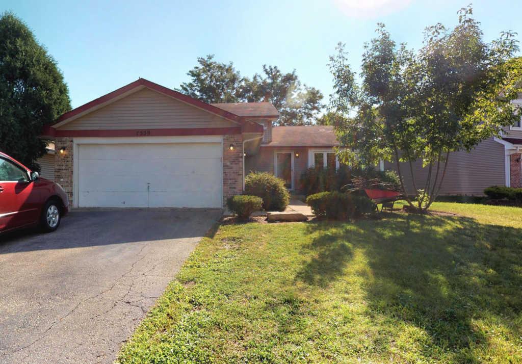 7559 Kingsbury Drive, Hanover Park, Illinois