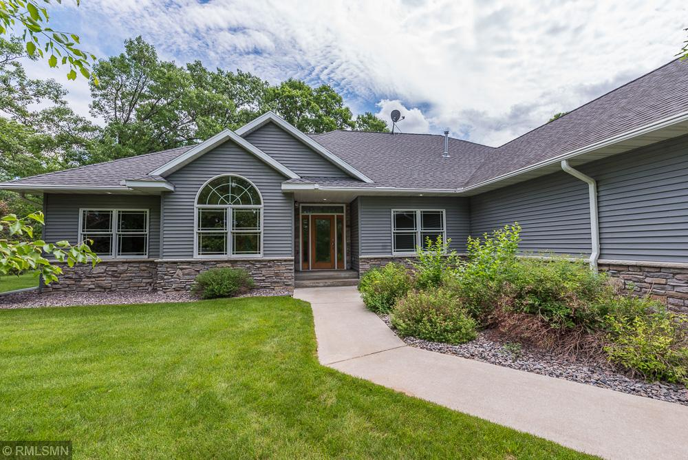 9200 Lone Oak Drive, Brainerd, Minnesota