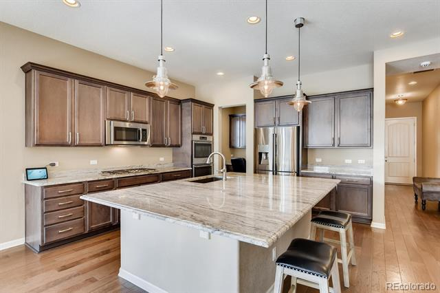 Photo of home for sale at 5072 Valdai Way S, Aurora CO