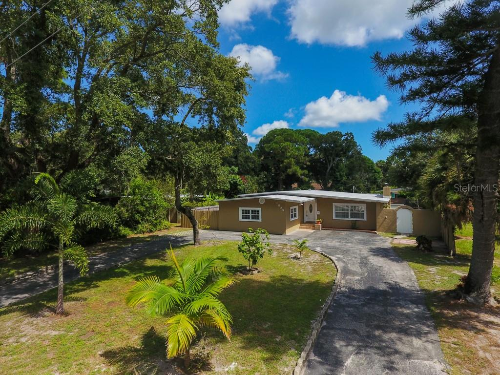 Photo of home for sale at 1829 BONITA WAY, St Petersburg FL