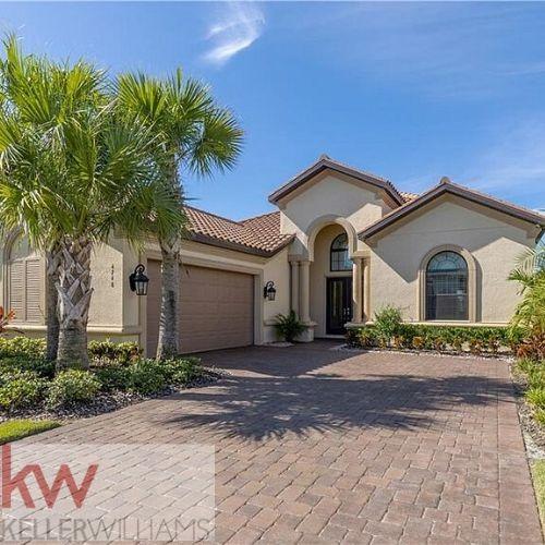 4748 BENITO COURT, Bradenton, Florida