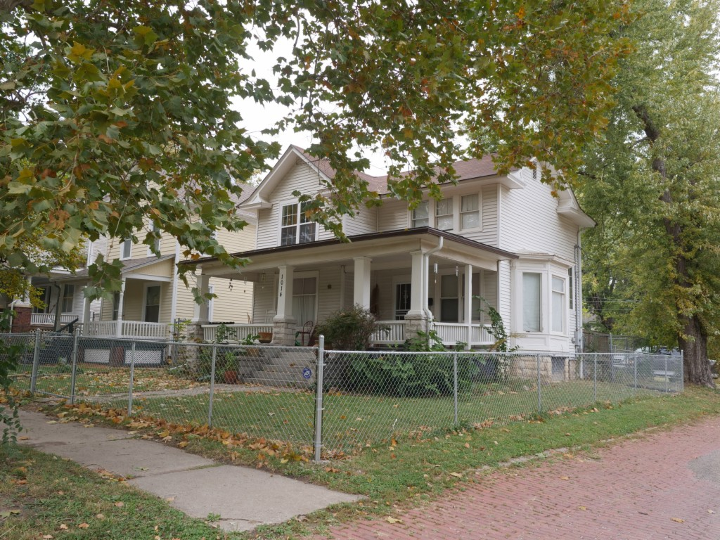 1014 SW 8th Ave, Topeka, Kansas
