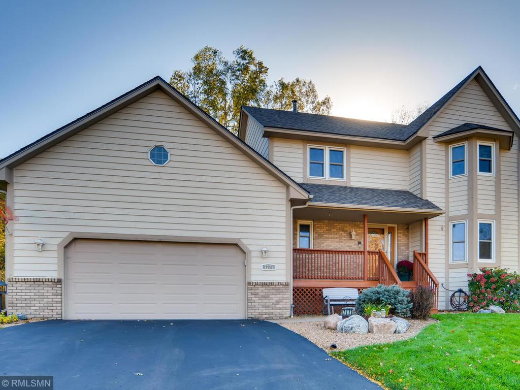 Photo of home for sale at 7771 Upper 17th Street N, Oakdale MN