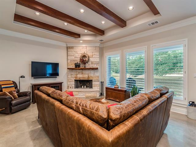 Photo of home for sale at 2854 Cedar Hollow RD, Georgetown TX