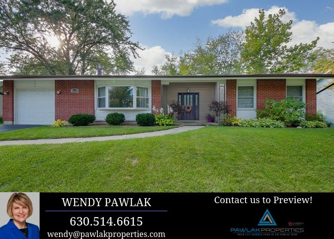 6732 Westmoreland Drive, Woodridge, Illinois