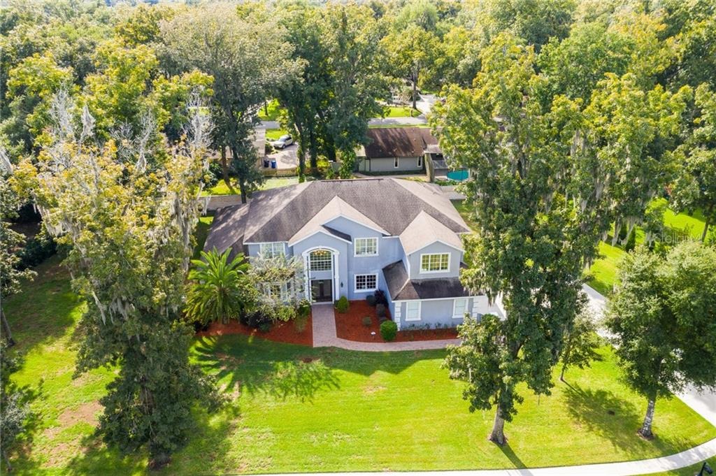 Photo of home for sale at 933 SHOALS LANDING DRIVE, Brandon FL