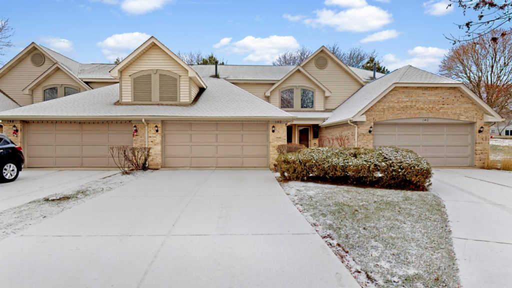 142 Benton Lane, Bloomingdale, Illinois