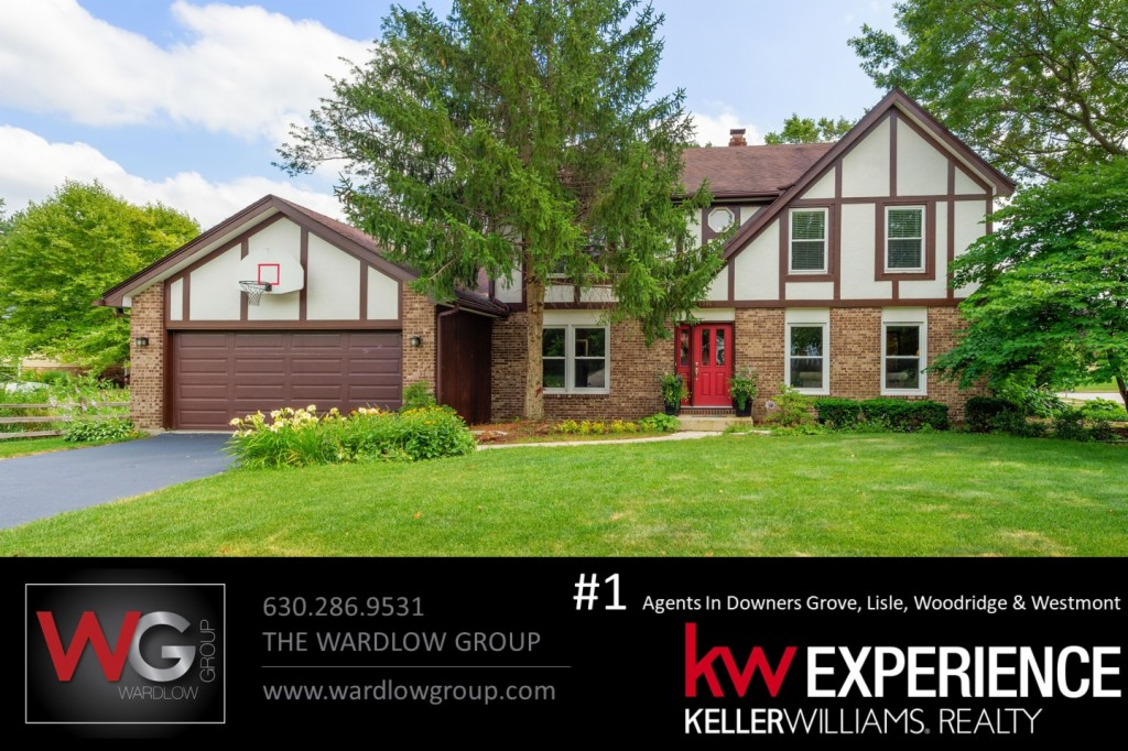 1391 Hickory Court, Downers Grove, Illinois