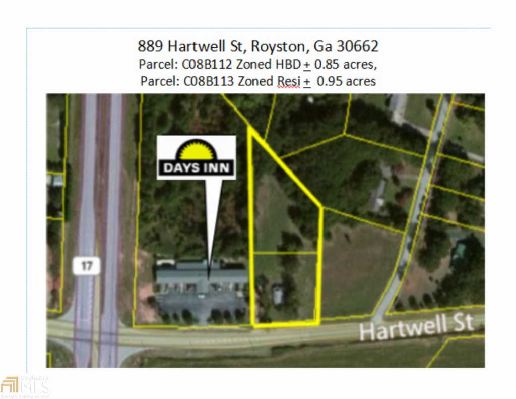Photo of home for sale at 889 Hartwell St, Royston GA