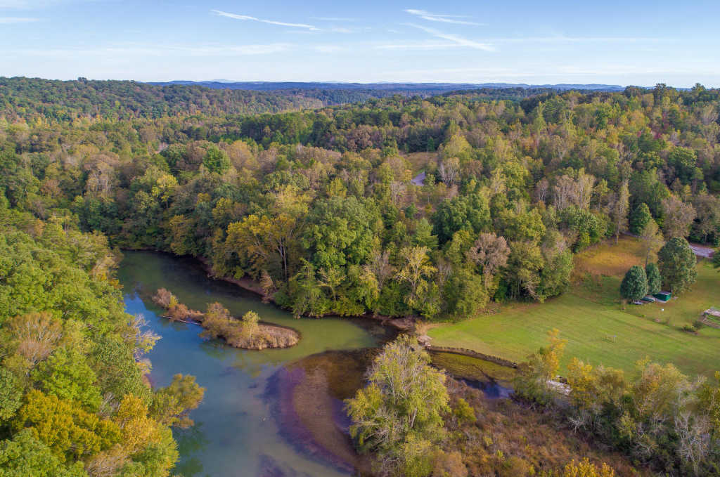Photo of home for sale at 901 Nature, Soddy Daisy TN