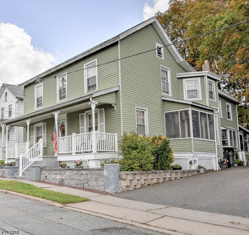 Photo of home for sale at 130 Liberty St, Hackettstown Town NJ