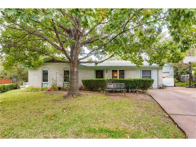 Photo of home for sale at 501 Harway CT, Austin TX