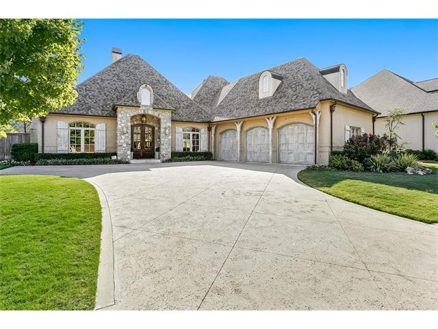 Photo of home for sale at 4210 116th Place E, Tulsa OK