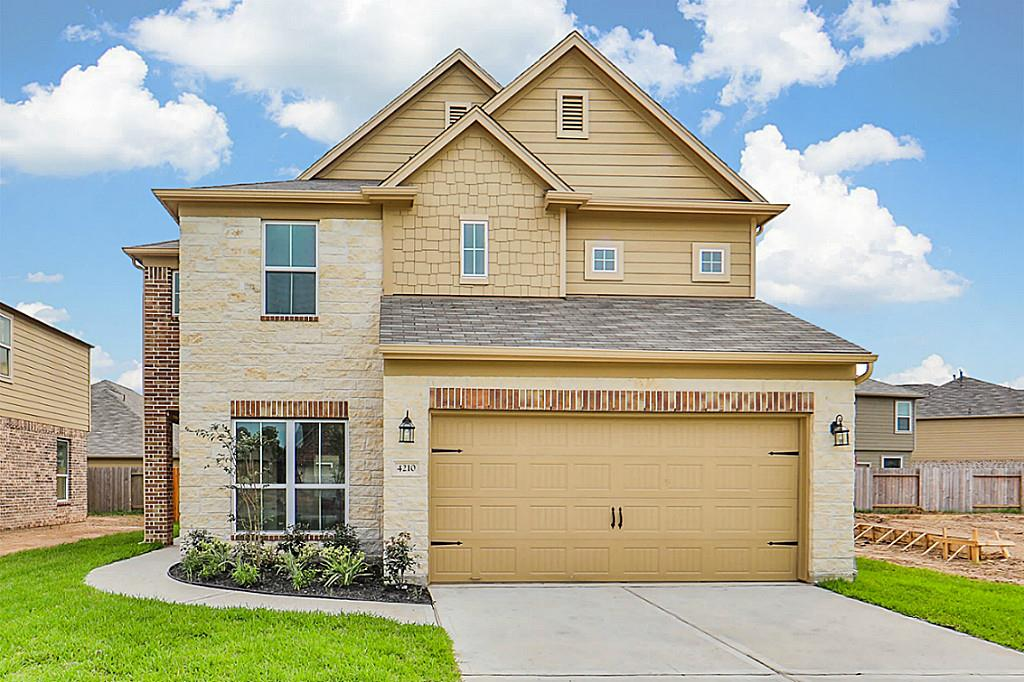 Photo of home for sale at 4210 Leafy Bough, Humble TX