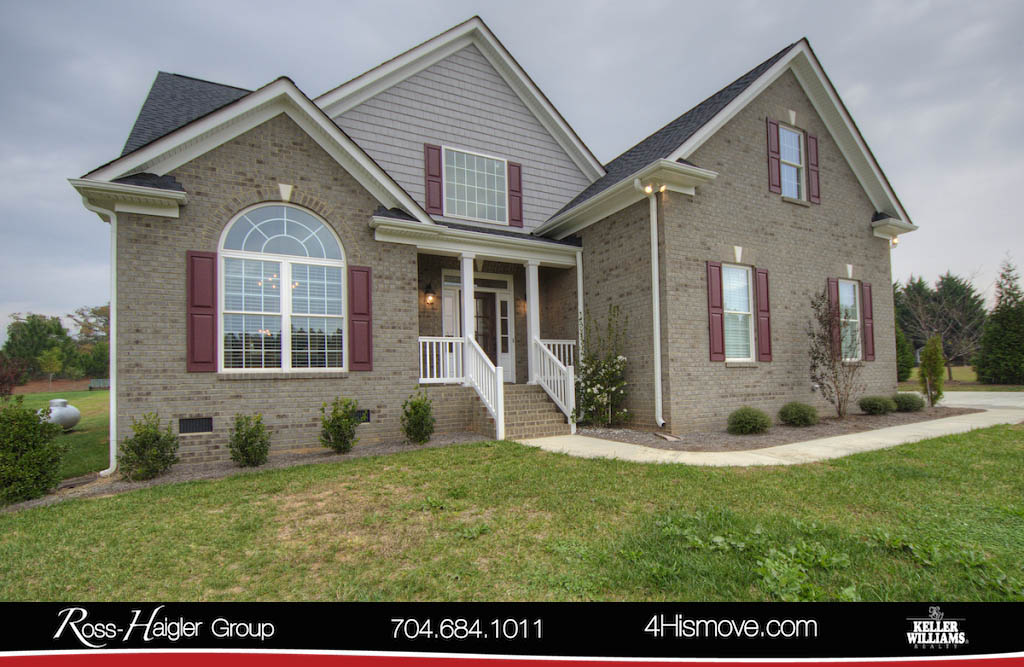 http://images.kw.com/listings/9/2/5/9250201/1510324725975_1_Front_6109_Bickett_Ridge_Drive_Monroe_NC_28110_MLS_3337251_The_Ross_Haigler_Group_at_Keller_Williams_Realty_Union_County_.jpg?lm=20180105T000000