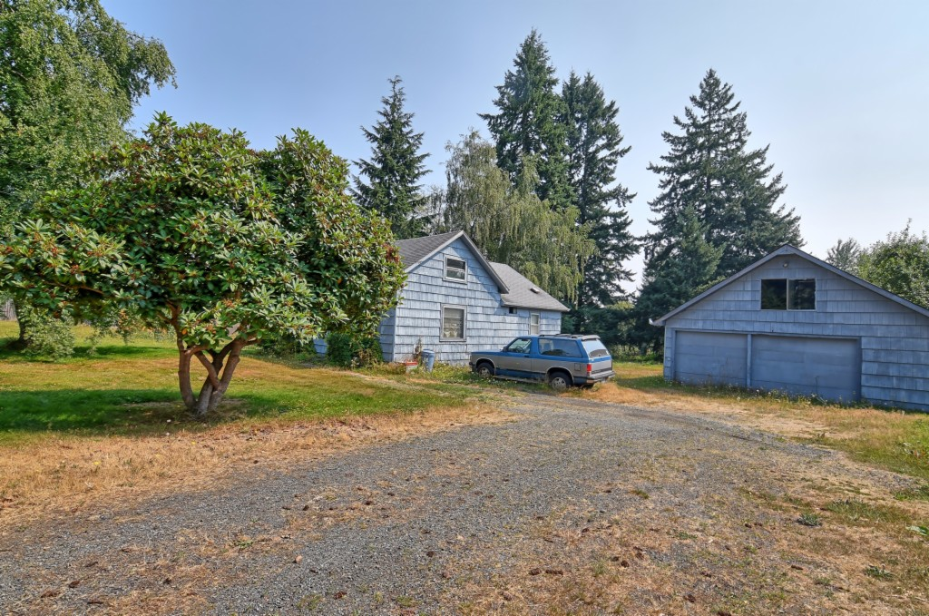 Photo of home for sale at 7815 Upper Ridge Rd, Everett WA