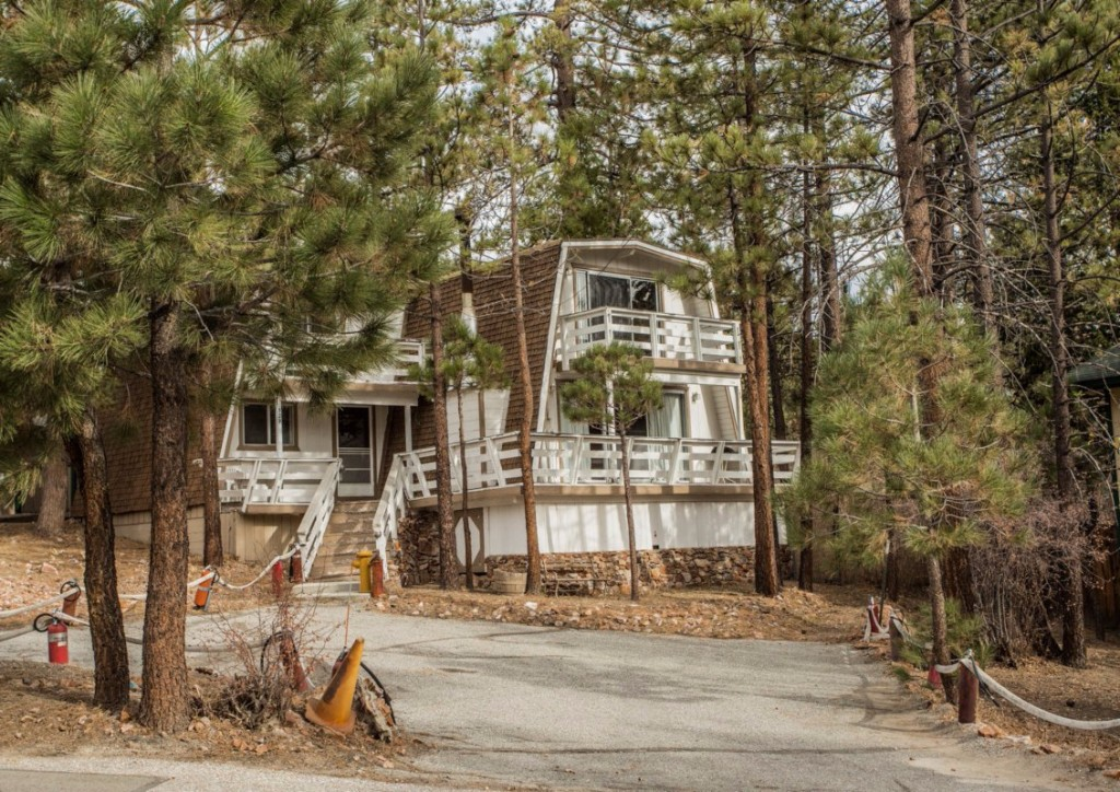 Photo of home for sale at 329 Santa Clara Boulevard, Big Bear Lake CA
