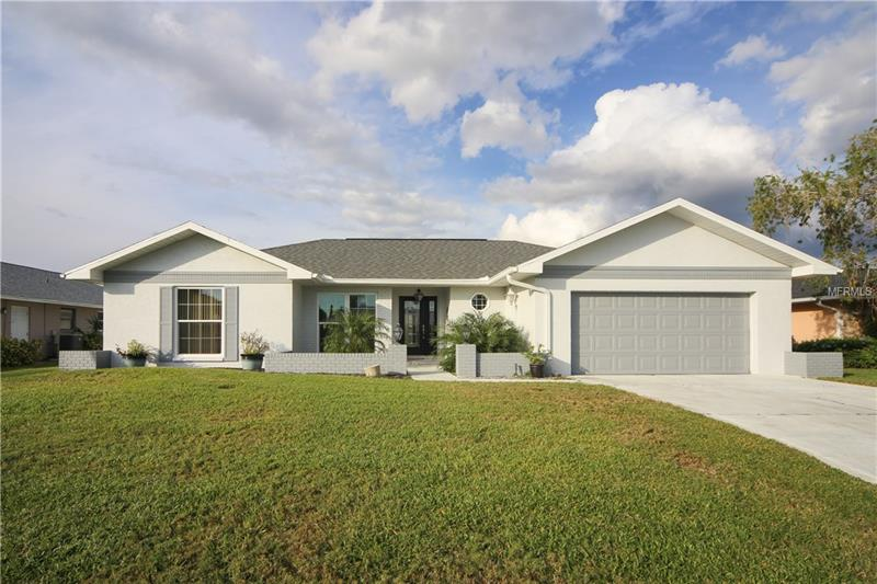 Photo of home for sale at 1009 INDIAN HILLS COURT, VENICE FL