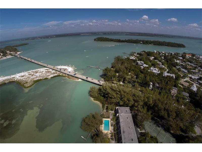 Photo of home for sale at 490 SHORE ROAD N, Longboat Key FL