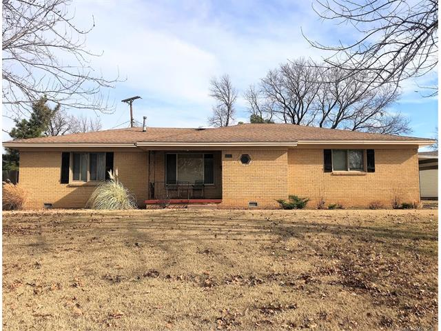 Photo of home for sale at 5315 Madison Avenue S, Tulsa OK