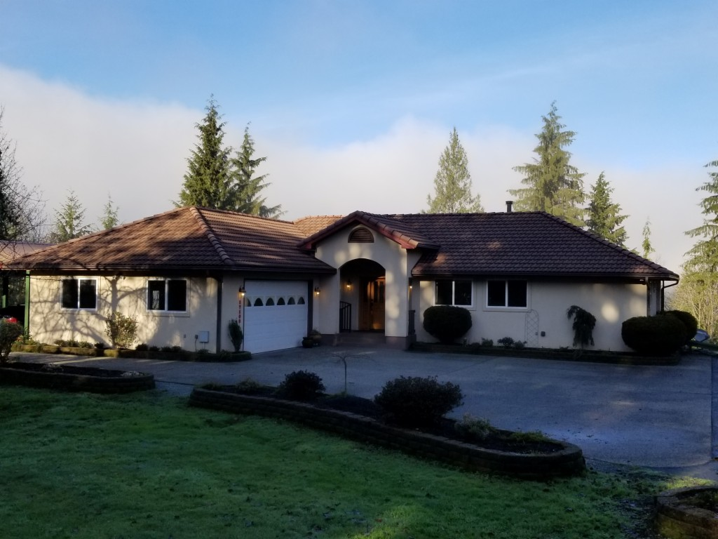 Photo of home for sale at 17102 267th Dr Se, Monroe WA