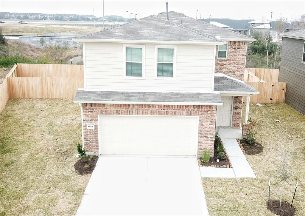 Photo of home for sale at 12338 Skyview Amber Court, Houston TX