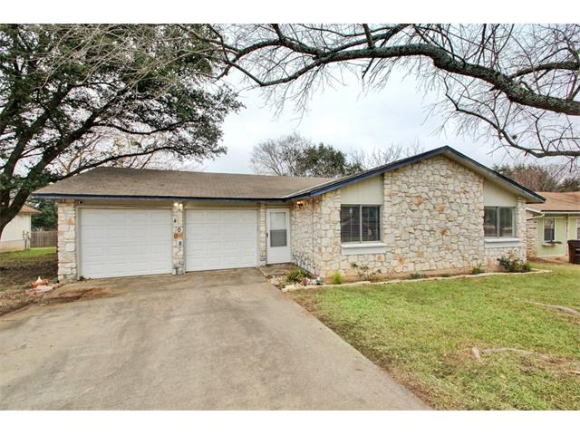 Photo of home for sale at 4008 Stoney HL, Round Rock TX