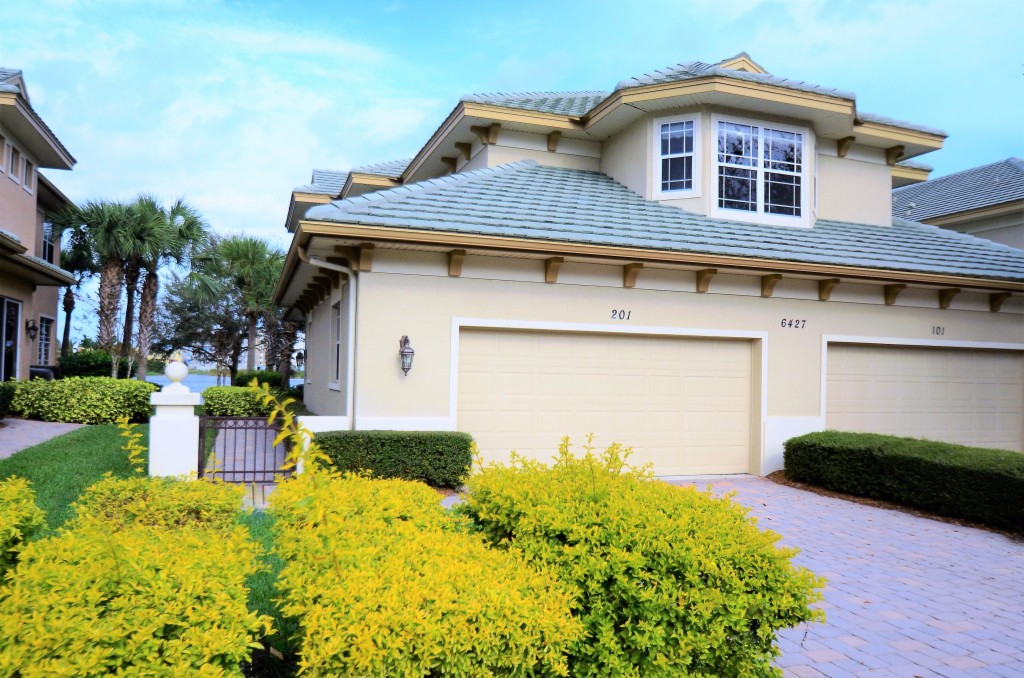 Photo of home for sale at 6427 MOORINGS POINT CIRCLE, Lakewood Ranch FL