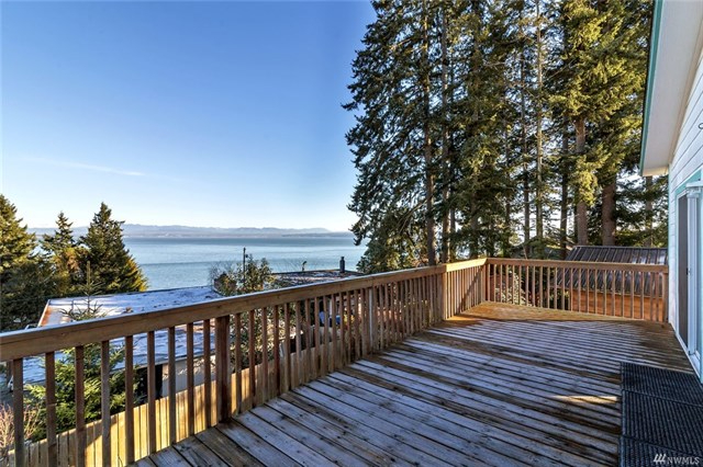 Photo of home for sale at 1278 Roys Place, Camano Island WA