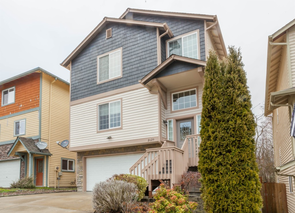 Photo of home for sale at 2629 143rd Lane Sw, Lynnwood WA