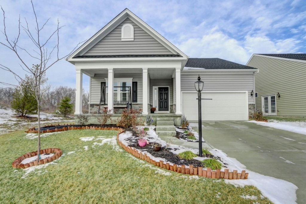 Photo of home for sale at 7267 Bostelman Place, Huber Heights OH