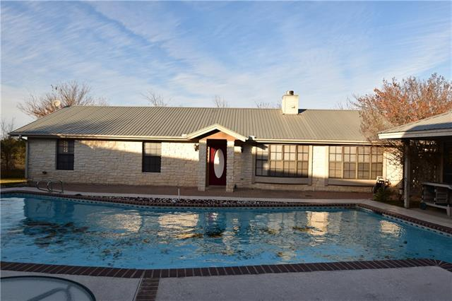 Photo of home for sale at 155 County Road 139, Hutto TX