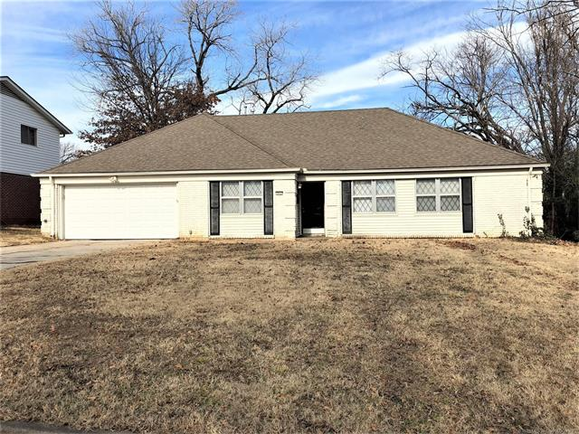 Photo of home for sale at 7037 58th Place E, Tulsa OK