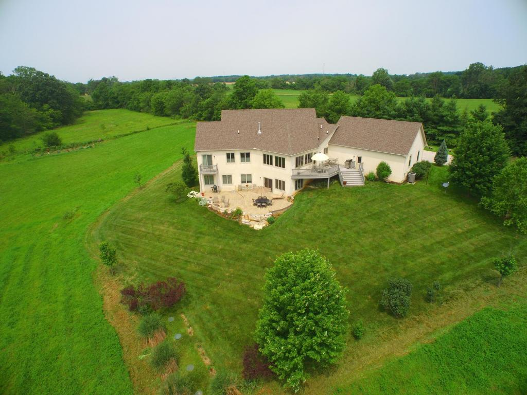 Photo of home for sale at 10319 Larcomb Road, Marysville OH