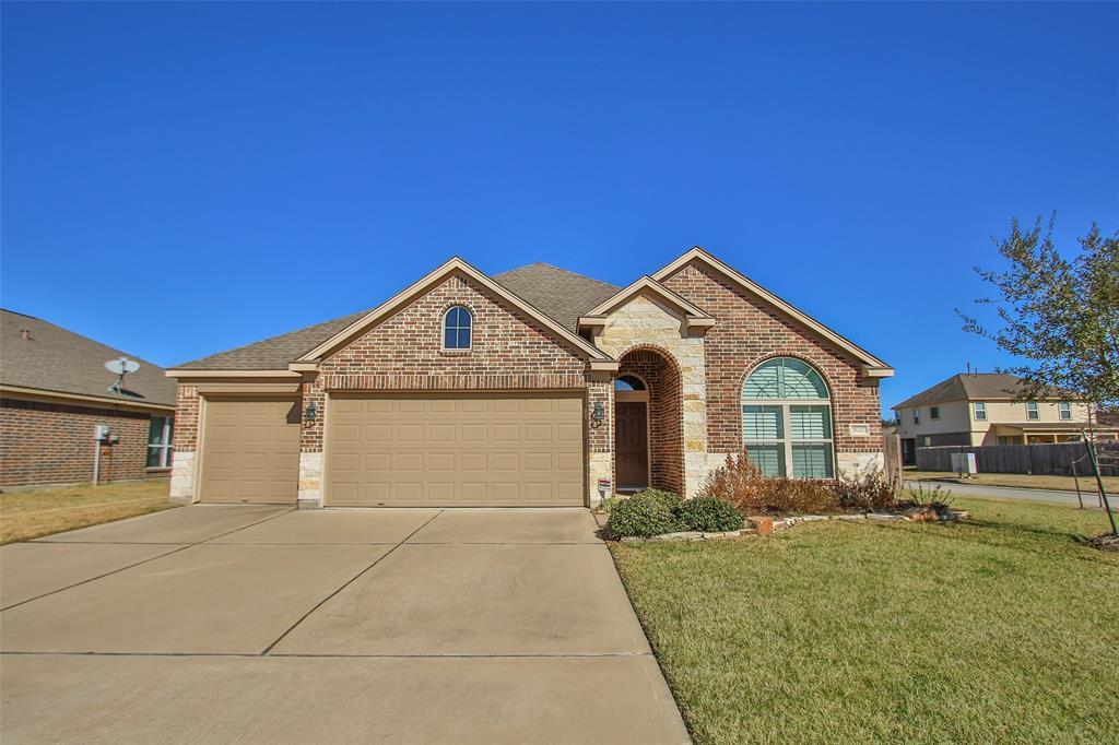 Photo of home for sale at 15202 Vincennes Oak Street, Cypress TX