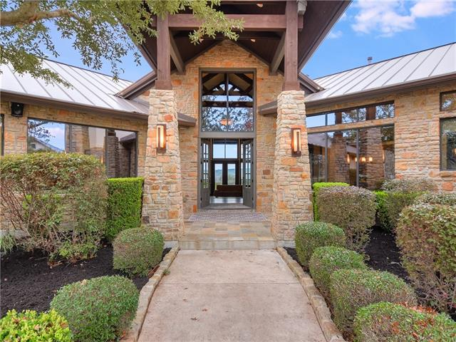 Photo of home for sale at 14624 Echo BLF, Austin TX