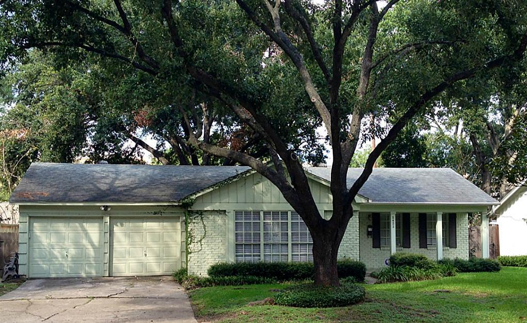 Photo of home for sale at 5422 Schumacher, Houston TX