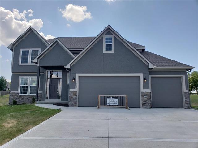 Photo of home for sale at 507 Lasley Branch Court, Raymore MO
