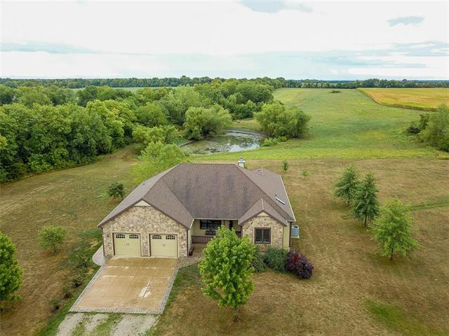 Photo of home for sale at 849 400 Road N, Baldwin City KS
